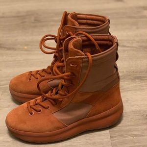 Yeezy boots from season 3